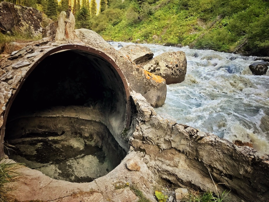 Altyn Araschan heiße Quelle